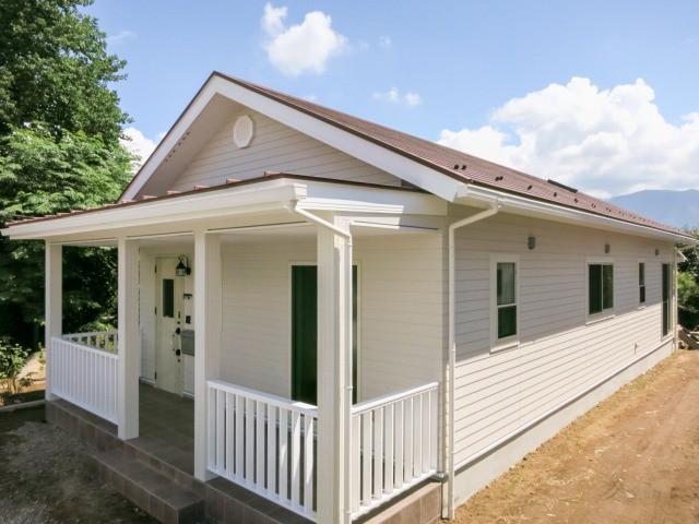 アーリーアメリカンな平屋の家