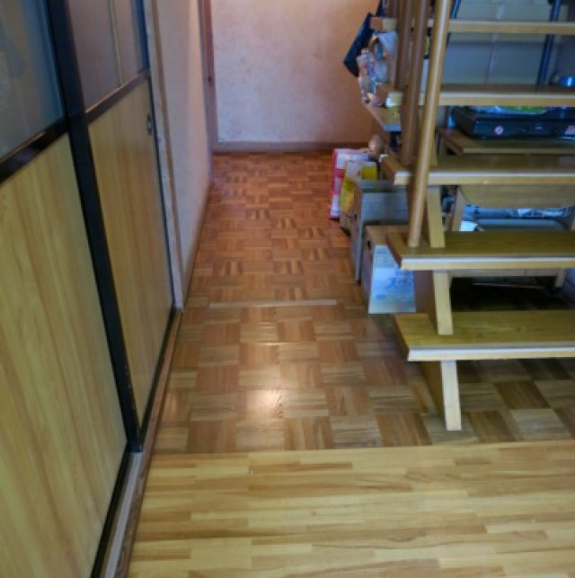 山梨市 不安定だった廊下の床をリフォーム