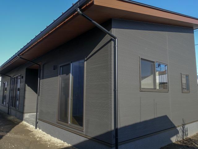 山梨市小原東 暮らしやすさ+収納重視の平屋住宅