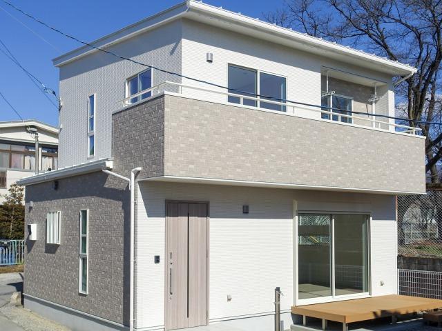 山梨市 山梨市 高機能装備を詰め込んだコンパクトな快適住宅