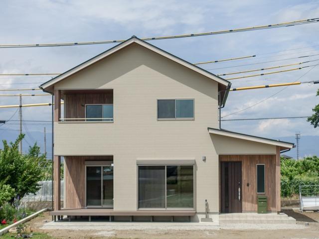 笛吹市八代町 自然素材をふんだんに使用した 健やかな木の家
