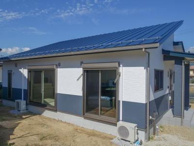 甲州市塩山 広いロフトスペースを備えた収納豊富な平屋住宅